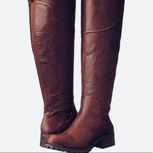 Like New Lucky OTK Harlem Boots